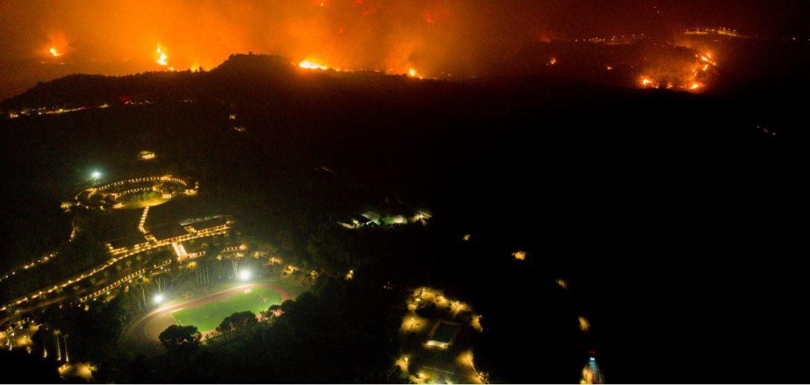 Η Αρχαία Ολυμπία στις φλόγες - Συγκλονιστικές εικόνες από drone (vid)