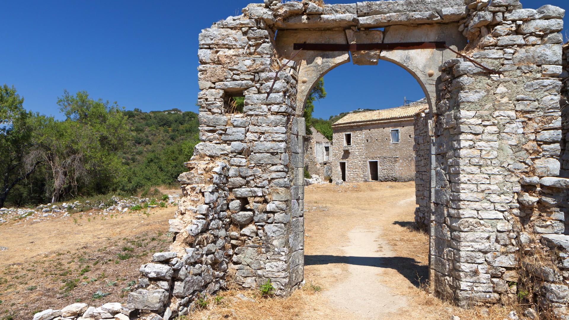 Παλιά Περίθεια: Το χωριό της Κέρκυρας που μάγεψε τον Guardian (pics)